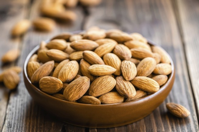 almonds-940x627